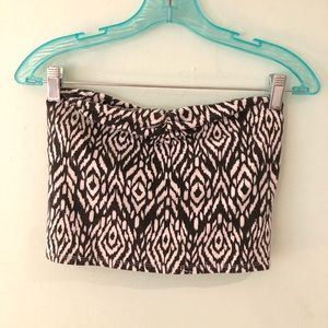 Strapless crop top